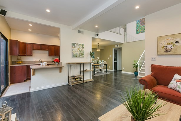 Townhome, Other - San Diego, CA (photo 2)