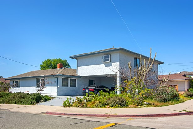 Detached - San Diego, CA (photo 1)