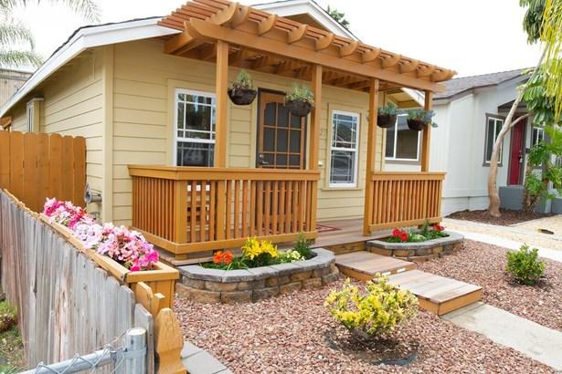 Cottage, Detached - San Diego, CA (photo 2)