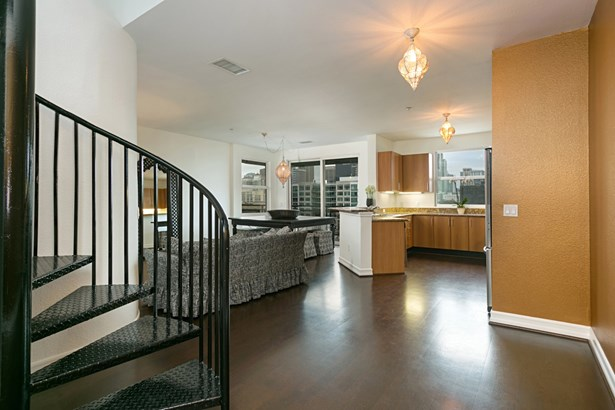 Contemporary, All Other Attached - San Diego, CA (photo 3)