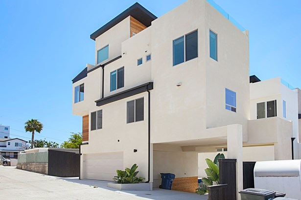 Detached, Modern - San Diego, CA (photo 2)