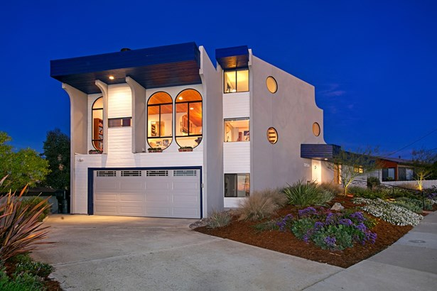 Contemporary, Detached - San Diego, CA (photo 4)