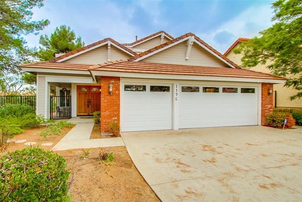 Contemporary, Detached - Vista, CA (photo 1)