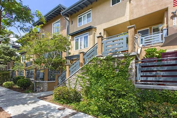 Contemporary, Rowhome - San Diego, CA (photo 1)