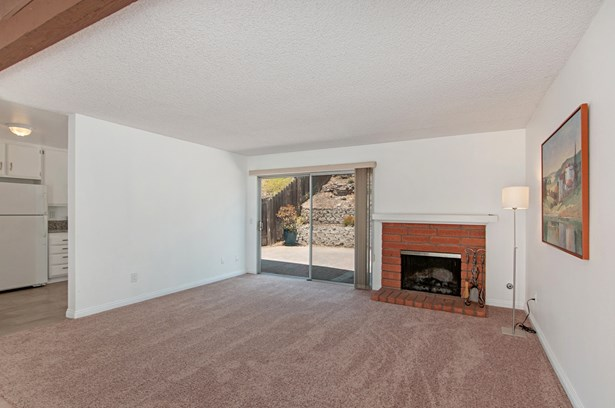 Townhome - San Diego, CA (photo 4)
