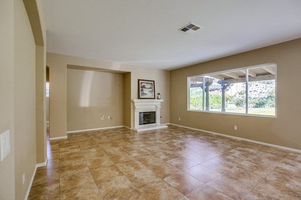 Detached, Mediterranean/Spanish - Temecula, CA (photo 2)