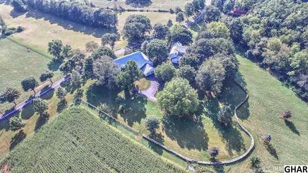 Farm House, Detached - Carlisle, PA (photo 2)