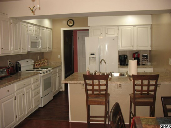 Attached, Ranch,Townhouse - Carlisle, PA (photo 5)