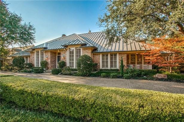 5922 Club Oaks Drive, Dallas, TX - USA (photo 4)