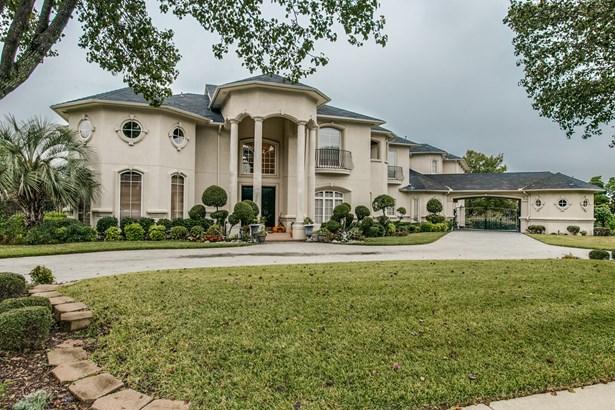 1215 Regents Park Court, Desoto, TX - USA (photo 1)