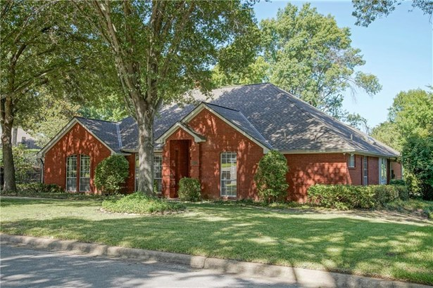 2801 Roaring Springs Road, Grapevine, TX - USA (photo 2)