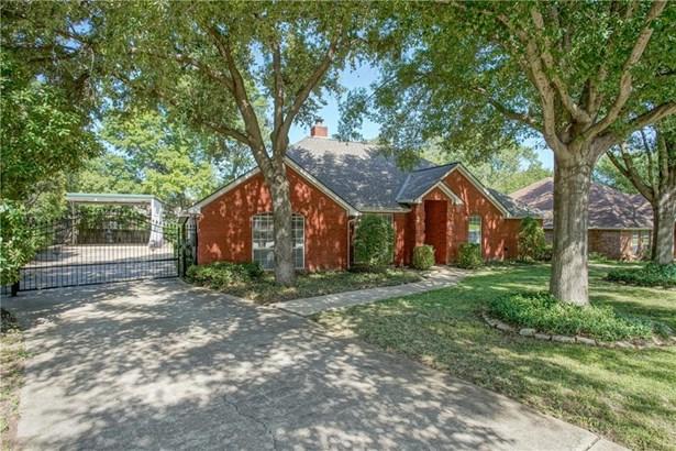 2801 Roaring Springs Road, Grapevine, TX - USA (photo 4)