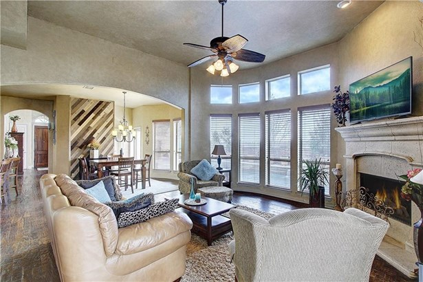 7041 Coverdale Drive, Plano, TX - USA (photo 2)