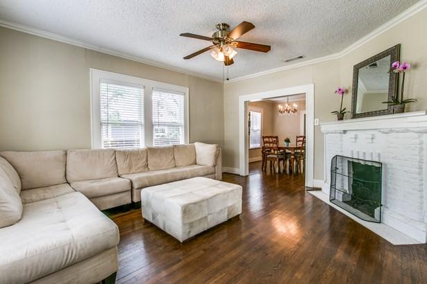 5555 Goodwin Avenue, Dallas, TX - USA (photo 4)
