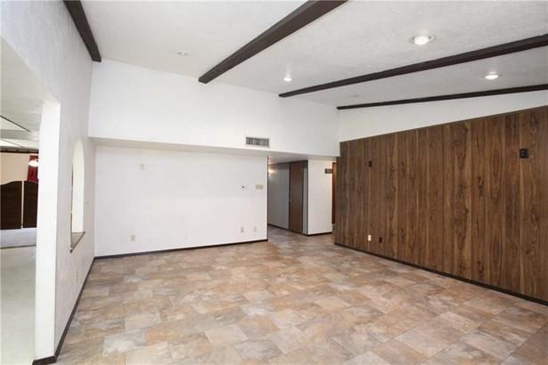 2148 Courtland Circle, Carrollton, TX - USA (photo 5)