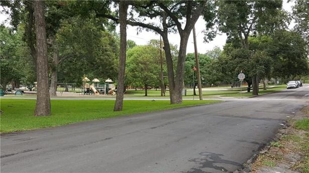 615 Tenison Memorial Drive, Dallas, TX - USA (photo 2)