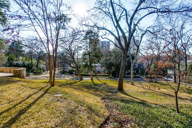 3925 Stonebridge Drive, Dallas, TX - USA (photo 5)