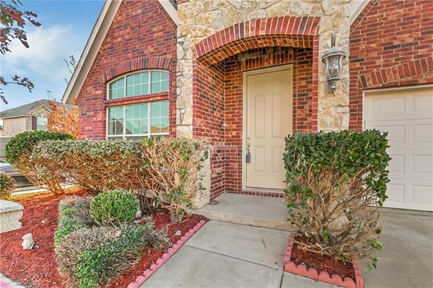 6048 Bee Balm Drive, Fort Worth, TX - USA (photo 2)