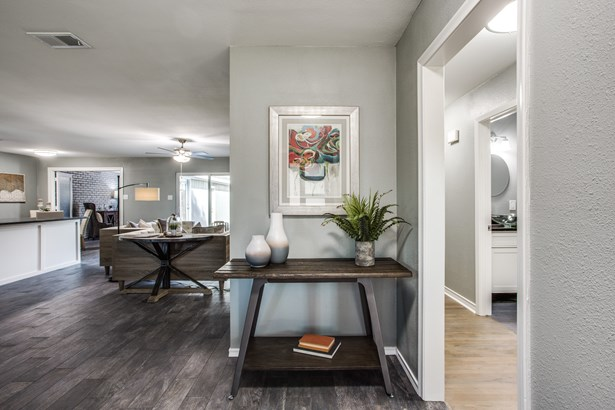 10311 Estate Lane, Dallas, TX - USA (photo 3)