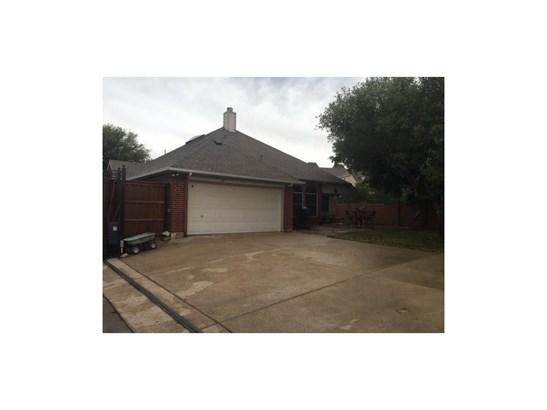 401 Ridge Point Drive, Lewisville, TX - USA (photo 3)