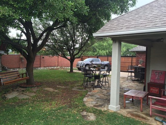 401 Ridge Point Drive, Lewisville, TX - USA (photo 4)