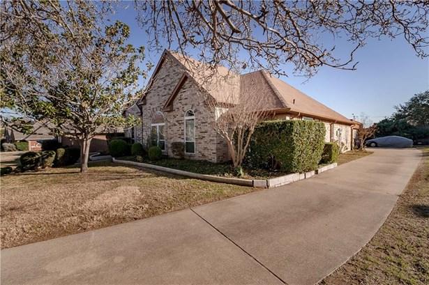 622 Meadowcrest Drive, Highland Village, TX - USA (photo 2)