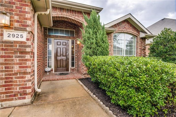 2925 Spotted Owl Drive, Fort Worth, TX - USA (photo 2)