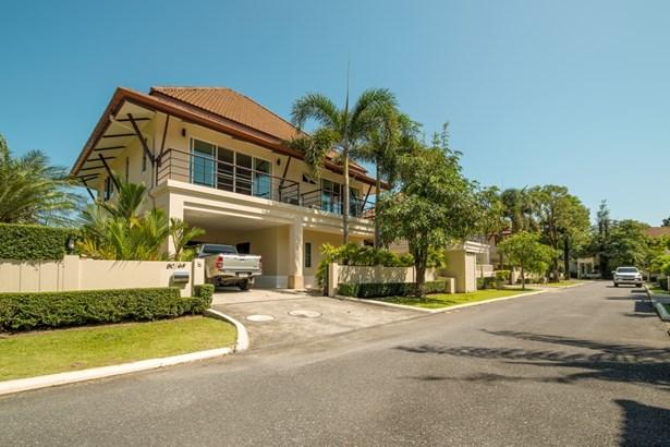 Super Family Villa Near BIS - NOW SOLD - 1