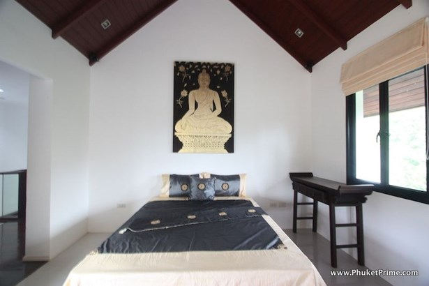 Phuket, Cherngtalay - THA (photo 4)