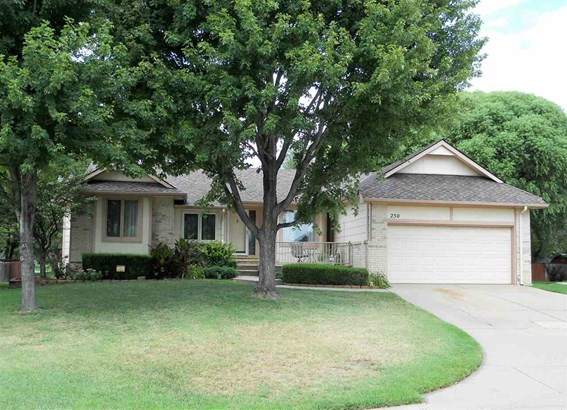 Single Family OnSite Blt, Traditional - Wichita, KS (photo 1)