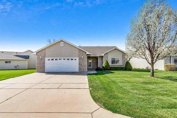Ranch, Patio/Garden Home - Wichita, KS