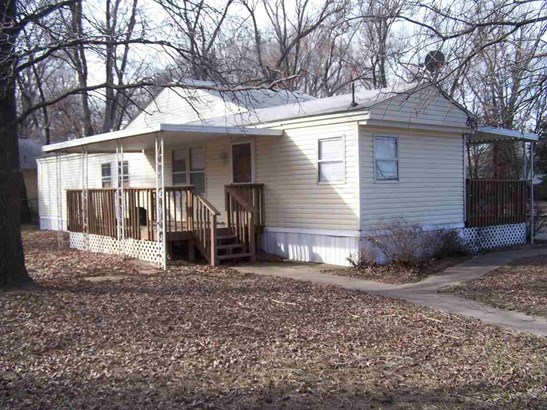 Mobile/Mfd-No Perm Found., Single Family OffSite Blt - Wichita, KS (photo 1)