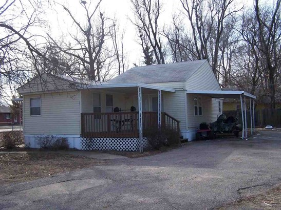 Mobile/Mfd-No Perm Found., Single Family OffSite Blt - Wichita, KS (photo 2)