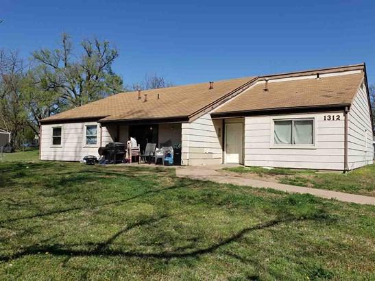 Twin/Duplex, Side By Side - Arkansas City, KS