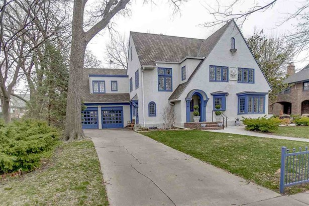 Tudor, Single Family OnSite Blt - Wichita, KS (photo 2)