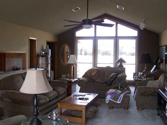Single Family OnSite Blt, Ranch - Towanda, KS (photo 3)