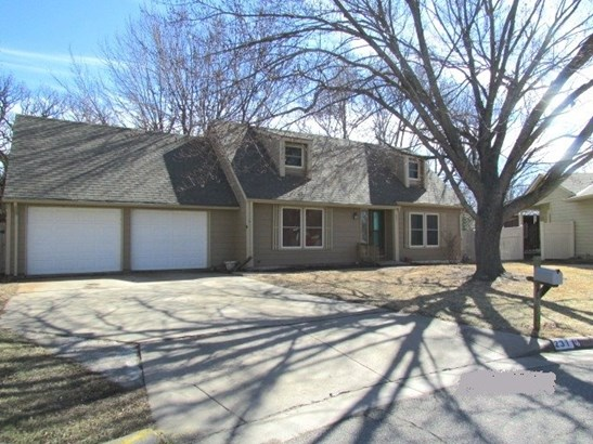 Single Family OnSite Blt, Traditional - Derby, KS
