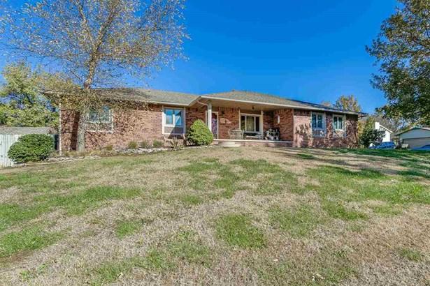 Single Family OnSite Blt, Ranch - Derby, KS (photo 2)