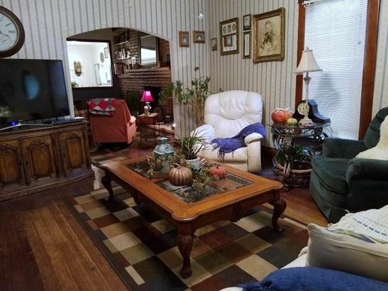 Single Family OnSite Blt, Victorian - Wellington, KS (photo 2)