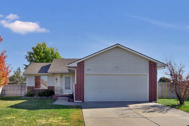 Single Family OnSite Blt, Ranch - Goddard, KS (photo 1)