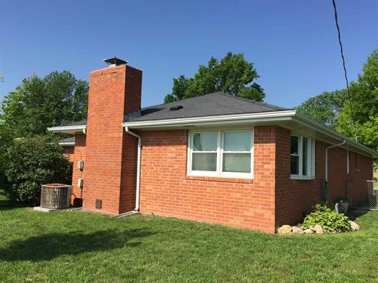 Single Family OnSite Blt, Ranch - Augusta, KS (photo 3)