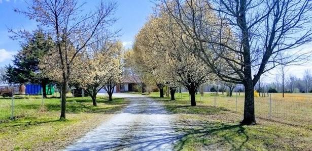 Single Family OnSite Blt, Ranch - Douglass, KS (photo 2)