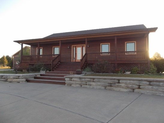 Single Family OnSite Blt, Ranch - Winfield, KS (photo 1)