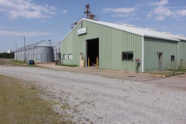 Farm - Halstead, KS (photo 3)