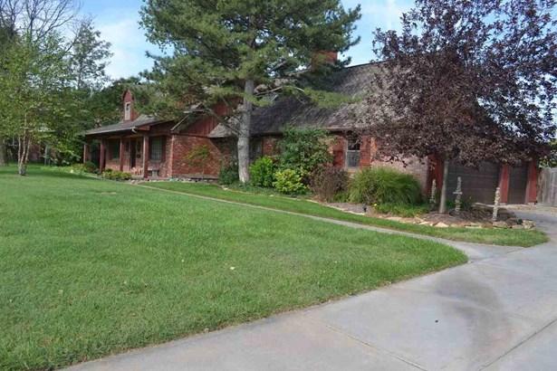 Single Family OnSite Blt, Traditional - Wichita, KS (photo 3)