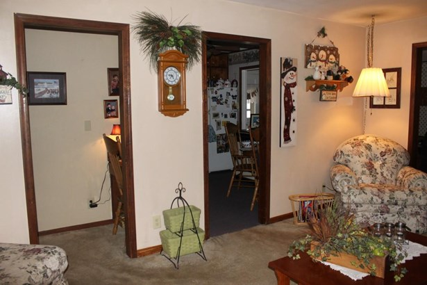 Single Family OnSite Blt, Ranch - Winfield, KS (photo 3)