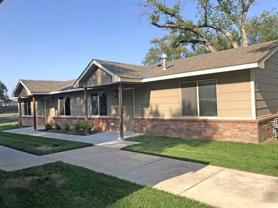 Twin/Duplex, Side By Side - Wichita, KS