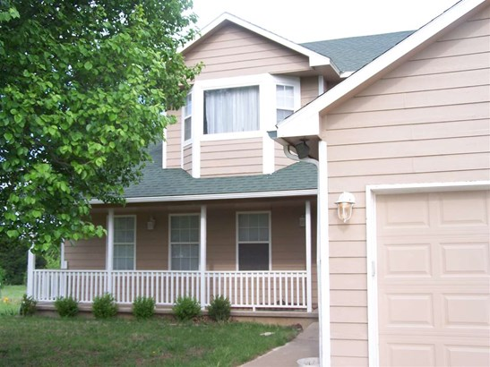 Single Family OnSite Blt, Traditional - Towanda, KS (photo 1)