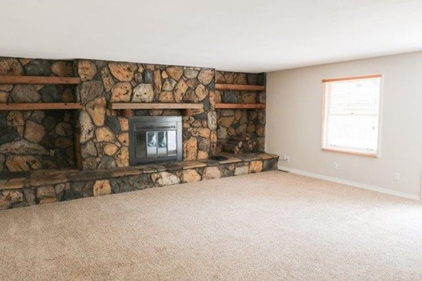 Single Family OnSite Blt, Ranch - Mulvane, KS (photo 2)