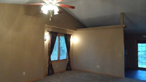 Single Family OnSite Blt, Traditional - Bel Aire, KS (photo 5)